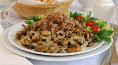 Приготовление гречневой каши с грибами