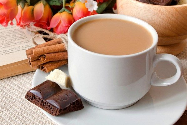 приготовить молочный кофе